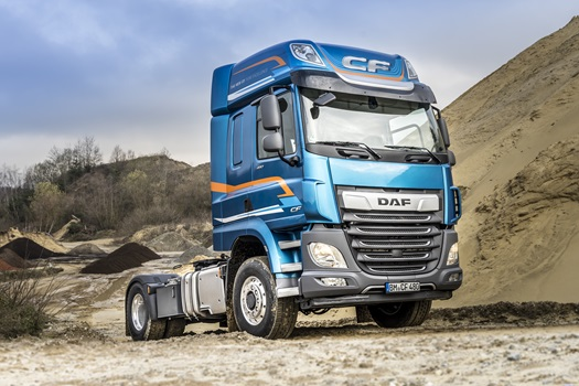 DAF-CF-and-XF-available-with-switchable-front-wheel-drive